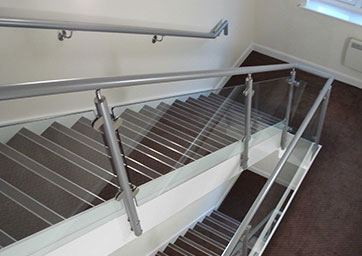 Aluminium Handrail with glass balustrade