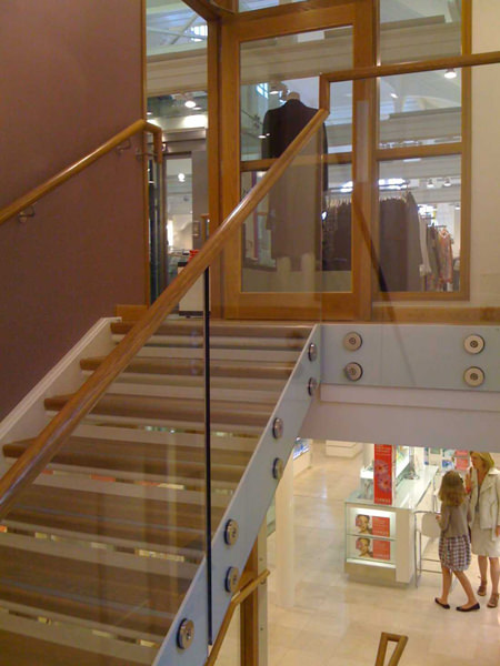 Glassrail balustrade