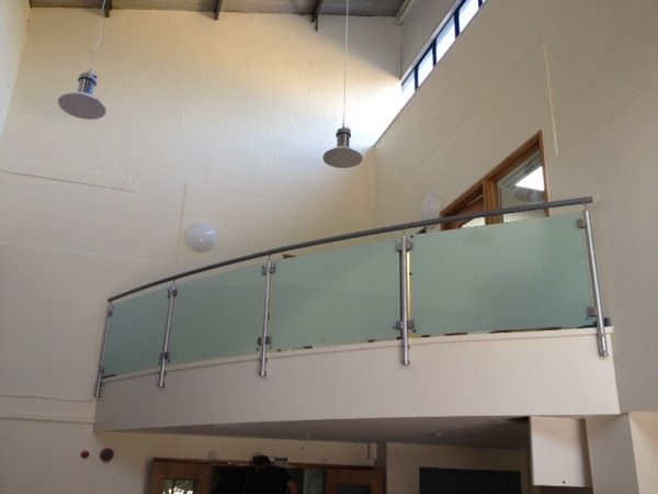 Mezzanine balustrade in Hospital