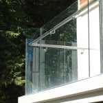 Structural glass balcony